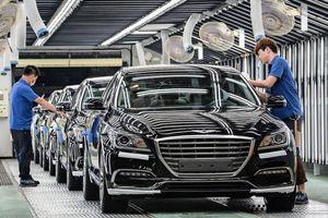 Vì đâu hãng Huyndai Hàn Quốc phải cắt giảm lương, thưởng của công nhân?