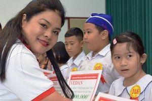 Vedan Việt Nam trao học bổng cho học sinh, sinh viên vượt khó Đồng Nai