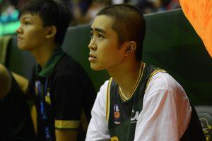 Bất ngờ bắt gặp hình ảnh Nguyễn Thanh Tùng, chàng trai bị dính căn bệnh ung thư xương quái ác tại Game 2 VBA Finals 2019