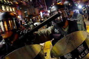 Hong Kong: Trung Quốc nói không ngồi yên nếu Mỹ can thiệp
