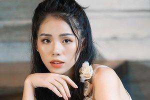 Hiện tượng cover Hương Ly ra mắt MV cổ trang có nhiều tình tiết phi lý