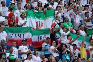 Nữ CĐV tự thiêu vì bị ngăn cản xem bóng đá