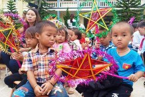 Trung thu sớm với trẻ em vùng thượng du Thanh Hóa