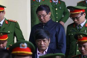 Vụ buôn lậu gỗ trắc: Khởi tố ông Phan Văn Vĩnh