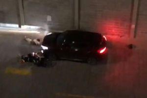 Kẻ lái ô tô tông gục 2 người ở chung cư khi tranh chấp chỗ đậu xe