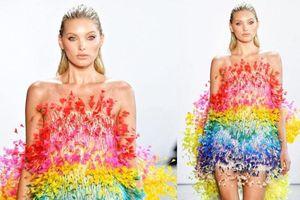Thiên thần Victoria's Secret thả dáng kiêu sa trong thiết kế lục sắc của Công Trí