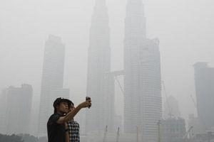 Malaysia đóng cửa hàng trăm trường học vì ô nhiễm mức cận 'rất độc hại'