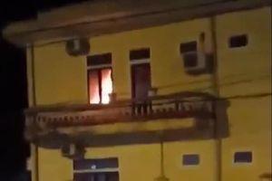 Phòng phó hiệu trưởng bị cháy, toàn bộ hồ sơ bị thiêu rụi