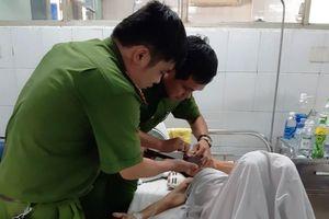 Công an Đà Nẵng đến tận giường bệnh làm CMND cho bệnh nhân