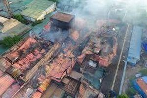 Vụ cháy ở Công ty Rạng Đông: Thiếu hiểu biết chuyên môn, gây nhiễu loạn thông tin nên làm người dân lo sợ