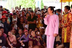 Bật cười cách nghệ sĩ Hoài Linh nói với kẻ gian ở ngày giỗ Tổ