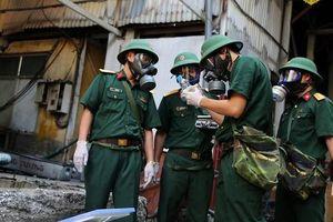 Vụ cháy công ty Rạng Đông: Binh chủng Hóa học sẵn sàng tẩy độc