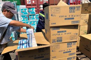 Cảnh báo buôn lậu núp bóng hàng hóa gửi kho ngoại quan