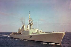 Canada lại đưa tàu chiến qua eo biển Đài Loan