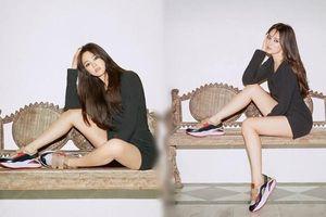 Song Hye Kyo kẻ mắt mèo, khoe chân thon quá đỗi gợi cảm