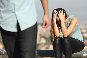 Cuộc chạm mặt không ngờ tại khách sạn và nỗi ân hận muộn màng của hai vợ chồng