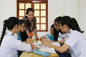 Cô giáo Hương Lan cùng học sinh làm phim hoạt hình về Yên Tử