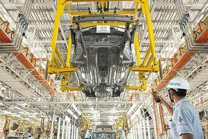 Tập đoàn Tan Chong 'ở thêm' với Nissan một năm nữa