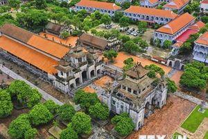 Chiêm ngưỡng vẻ đẹp độc đáo của nhà thờ đá Phát Diệm