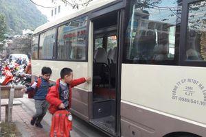 Dừng hoạt động xe chở học sinh không có phù hiệu