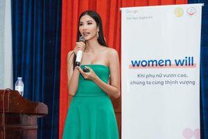 Ngày càng quyến rũ, Hoàng Thùy tích cực chăm chút dự án WE mang đến Miss Universe 2019