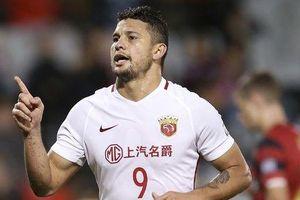 Tiền đạo nhập tịch ghi cú đúp bàn thắng, báo Trung Quốc nói điều bất ngờ