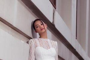 NTK Lê Thanh Phương tạo sự khác biệt với BST váy cưới 'Cô dâu chạy trốn'