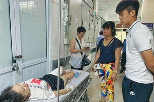 Nữ CĐV trúng pháo sáng bị bỏng lưu huỳnh tận xương, Ban tổ chức trận đấu xin lo toàn bộ chi phí điều trị