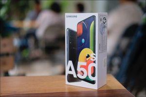 Mở hộp Samsung A50s: Nâng cấp về camera và nhiều màu sắc hơn so với A50