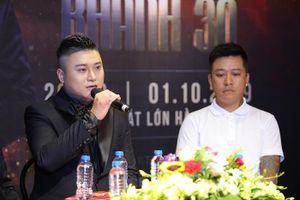MC Thành Trung hủy sô của Vũ Duy Khánh để đi biểu diễn ở Anh