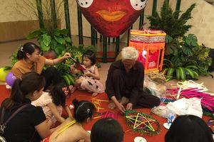 Đưa trẻ em về với Tết Trung thu truyền thống