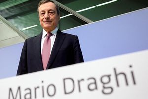 ECB hạ lãi suất xuống mức âm kỷ lục, thị trường 'xanh' trở lại