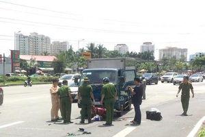 Hiện trường xe tải lao tới kéo lê xe máy ở quận 2, người phụ nữ chết thương tâm