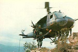 Giải mật vũ khí trên trực thăng Mỹ đi càn thời chiến tranh Việt Nam