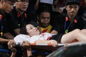 Công an Hà Nội truy tìm người bắn pháo sáng trúng CĐV nữ trên sân Hàng Đẫy