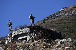 Quân đội Trung Quốc - Ấn Độ đối đầu ở biên giới