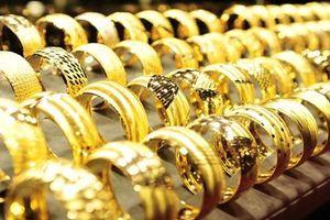 Giá vàng 'nhúc nhích' tăng trở lại sau chuỗi ngày giảm mạnh