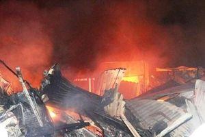 Hàng trăm tiểu thương điêu đứng sau vụ cháy chợ tại Bình Định