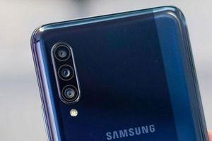 Cận cảnh Samsung Galaxy A90 5G: Cấu hình 'khủng', pin 'trâu', giá hơn 17 triệu