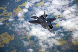 Mỹ bán 32 máy bay chiến đấu tàng hình F-35 cho Ba Lan - một động thái thách thức Nga