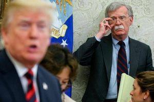 Đâu là lý do khiến Cố vấn Mỹ John Bolton bị cách chức?