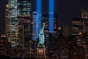 Mỹ thắp hai cột sáng ở New York tưởng niệm vụ khủng bố ngày 11/9