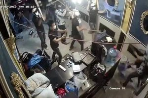 Bắt đối tượng cầm đầu nhóm giang hồ xông vào đập phá nhà hàng ở Sài Gòn