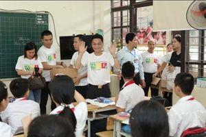 Herbalife Việt Nam tổ chức vui tết trung thu cho 800 trẻ có hoàn cảnh khó khăn