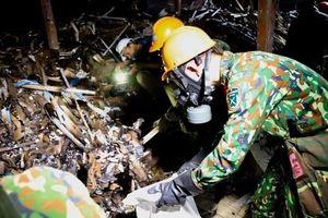Cận cảnh quá trình tẩy độc thủy ngân tại công ty Rạng Đông
