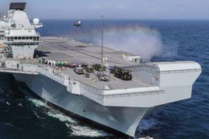 Việt Nam lên tiếng về thông tin Anh sẽ đưa tàu sân bay đến Biển Đông