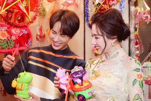 Hari Won diện áo dài, hào hứng đón Trung thu bên trai đẹp