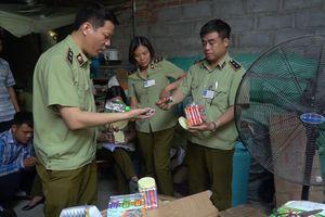 Bắt giữ hơn 50 tấn bánh kẹo, đồ chơi Trung thu nhập lậu Trung Quốc