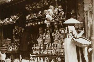 Soi các mặt hàng bán ở chợ Tết Trung thu Hà Nội xưa