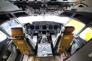 Phi công làm đổ cà phê, máy bay vội vã quay đầu giữa Đại Tây Dương